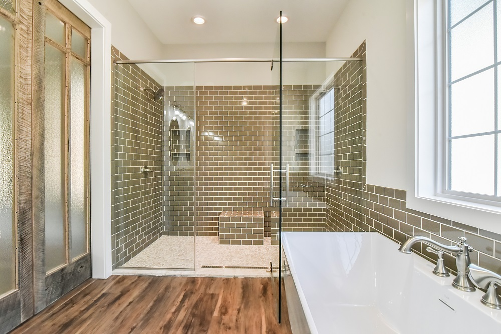 Gap Creek Master Bathroom